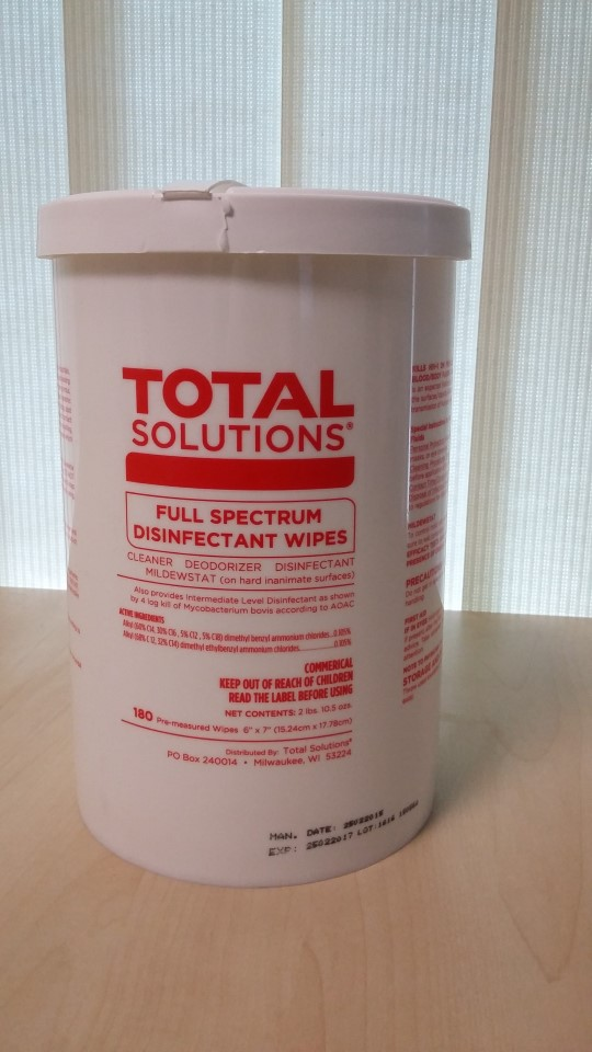 TOTAL Solutions Full Spectrum Disinfectant Wipes
